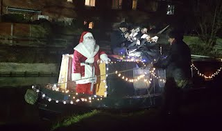 Father Christmas arriving in style